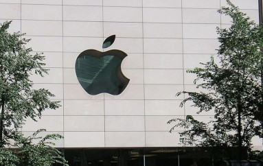 Apple, FBI set to resume encryption fight at House hearing