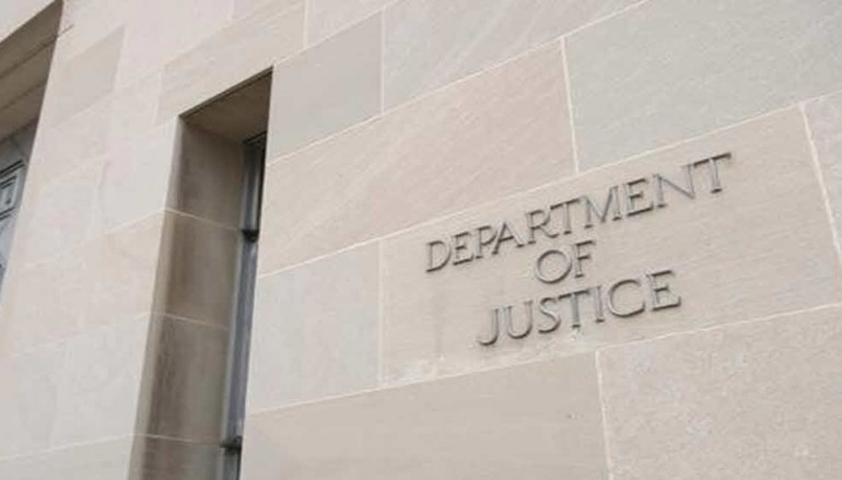 DOJ seeks to delay Apple encryption hearing, says it may be able to unlock iPhone after all [u]