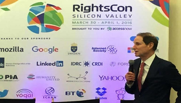 Senator Wyden recalls SOPA fight in bid to defeat encryption-weakening efforts