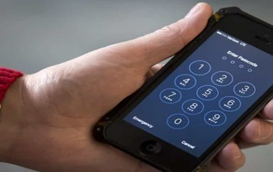 US used tactic from Apple encryption fight in 60 other phone-unlocking cases