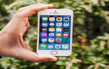 Apple has fixed a bug that let hackers bypass iPhone lock screen