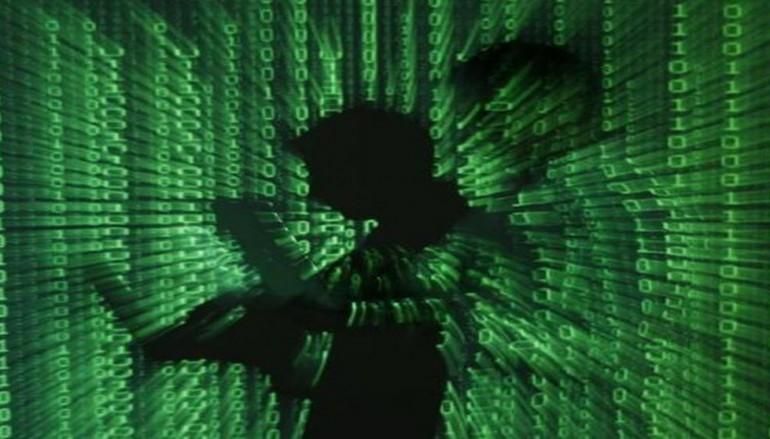 Hackers target presidential campaigns: U.S. spy chief