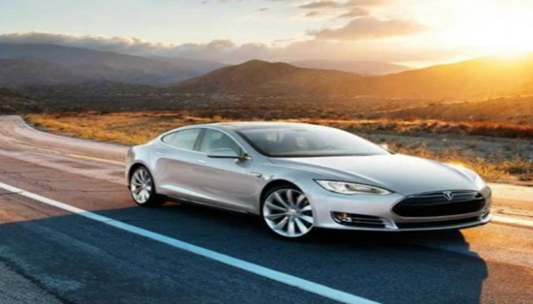 Someone hacked a Tesla Model S to work with Amazon's Echo