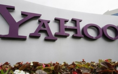 Yahoo agreed to US spy agencies' order to scan customers' email accounts