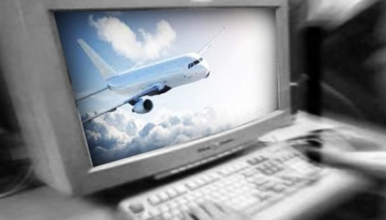 Melbourne teen arrested for sending fake broadcast messages to pilots and aborting landing