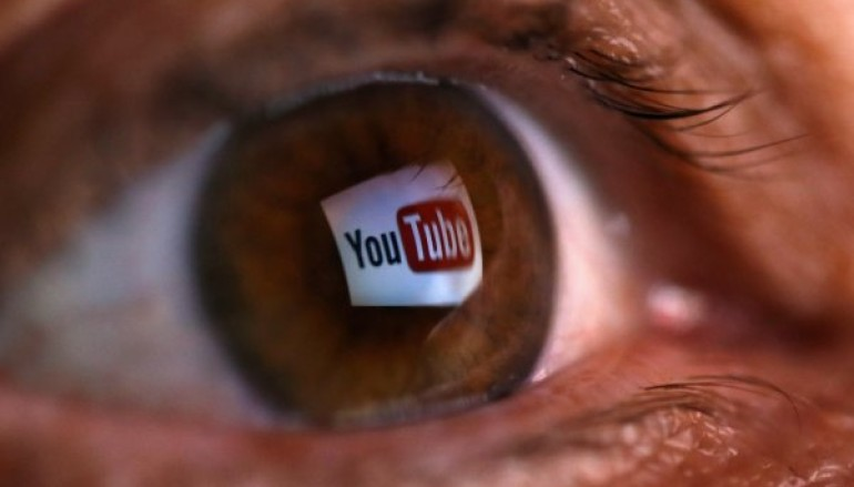 Hackers advertising and selling phishing kits via YouTube with secret backdoor