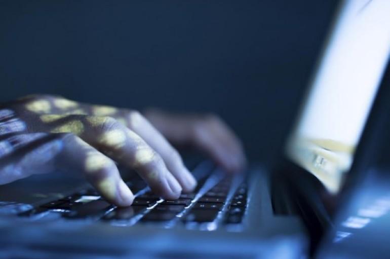 Fileless Ransomware Spreads via EternalBlue Exploit