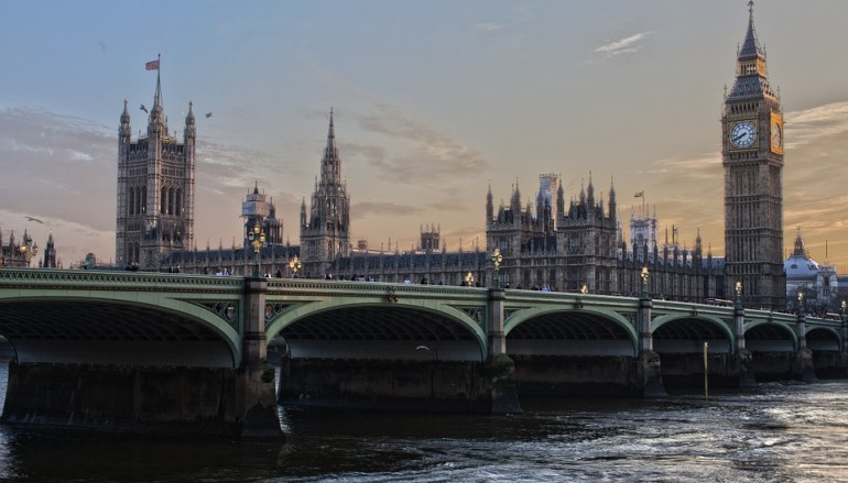 E-mail Attack Locks Down UK Government