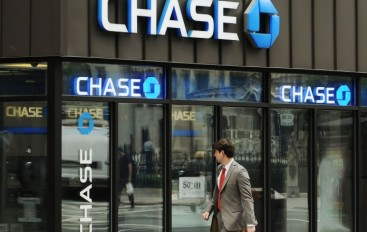 """JP Morgan Chase Affected with Internal """"glitch"""" and Customers Bank Account shows others Account Information"""