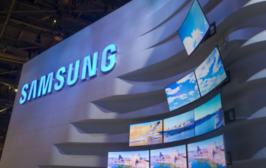 Samsung Investigates Claims of Spontaneous Texting of Images to Contacts